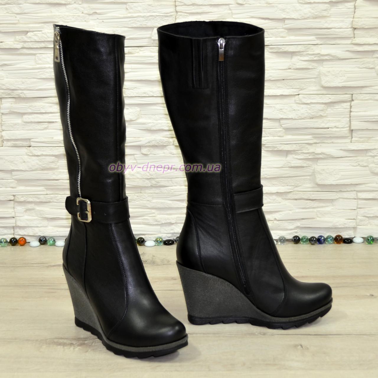 Сапоги женские кожаные черные на платформе, зимний вариант.
