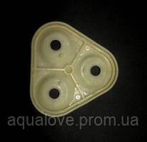 Мембрана - уплотнитель между крыш. и корп. помпы, треуг. формы, OR-M120501