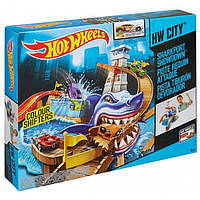 Трек Hot Wheels Охота на акулу