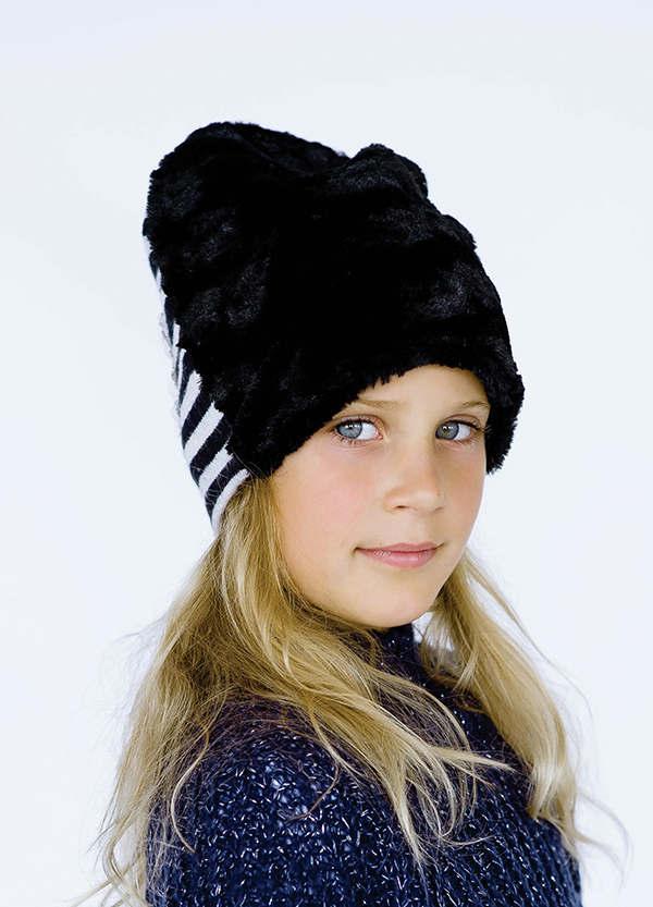 Детская шапка  ХЕЙНЕКЕН для девочек оптом р. 50 -52- 54