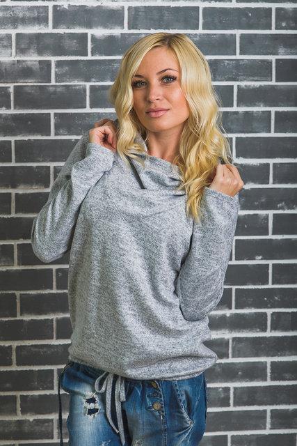 a4a473515d40c Стильная кофточка с капюшоном светло-серая - Интернет магазин одежды Модна  Лавка в Кременчуге