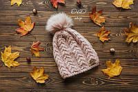 Тёплая шапка с бубоном на флисе цвета пудры