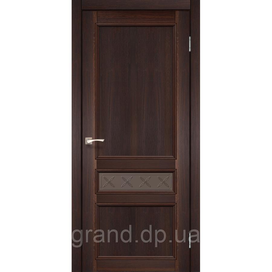 Двери межкомнатные Корфад CL-07 цвет орех с бронзовым стеклом