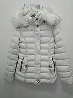 Зимняя куртка для девочки с капюшоном