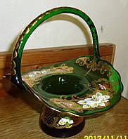 Хрустальная конфетница из цветного стекла Богемия
