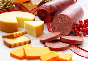 Сыр, сосиски, колбасы