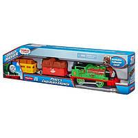 Паровозик Перси с вагончиками с шоколадом, Томас и Друзья, серии TrackMaster