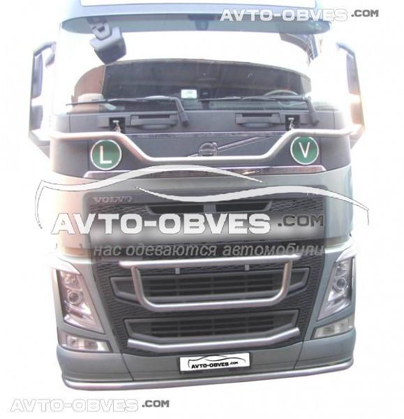 Держатель под фары над капотом Volvo FH16 -> Новая услуга - установка диодов
