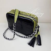 Женская кожаная сумочка на цепочке с зеленым питоном