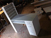Маникюрный стол ''Professional mini'' с 4 полками для лаков и дополнительной полкой под столешницей