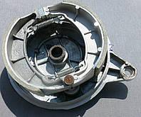"""Крышка заднего тормозного барабана с колодками Zonder под тормозной барабан 130мм 18"""""""