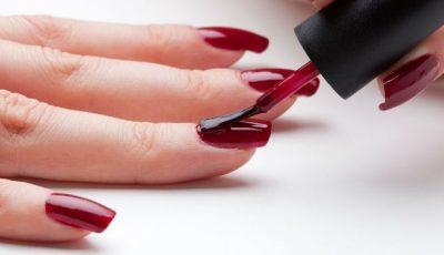 Три причины выбрать красный лак для ногтей