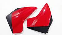 Боковые крышки, бардачки Viper- 125, Zongshen (Sonic) красные (Мотоцикл 4-х тактн.)