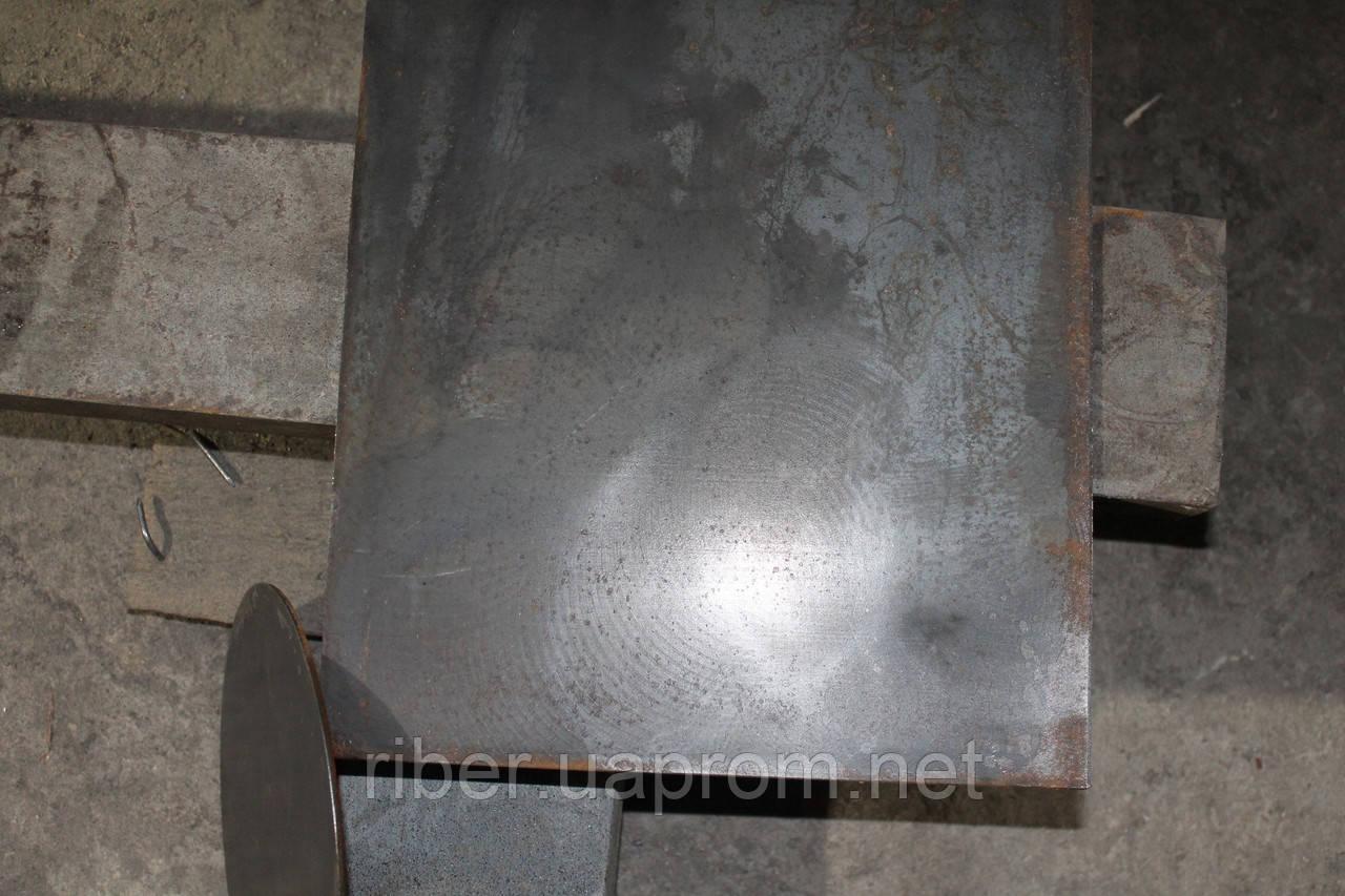 Металлическая пластина 40х25мм с листа толщиной 16мм