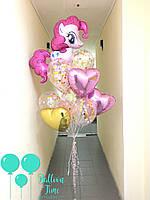 Фонтан с большой пони и шарами с фольги