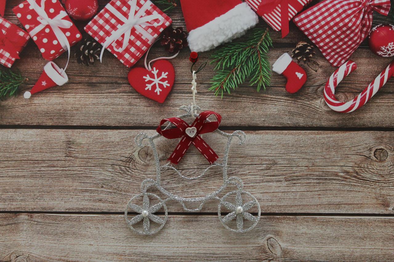 Новогодняя игрушка на елку карета золушки