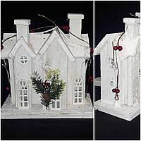 Декоративный деревянный домик с лед подсветкой, 26х24х12 см., 590/510 (цена за 1 шт. + 80 гр.)