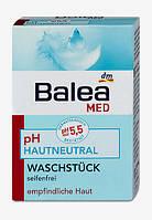 Balea Med Нейтральное мыло для чувствительной кожи рук и лица 150 г