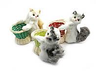 Кошка с корзинкой (подставка под ручки)(14,5х17х8 см)