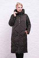 Темно-зеленая хаки зимняя куртка-пуховик до колена в больших размерах 50, 52,54,56