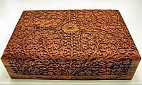 Шкатулка резная розовое дерево (30х20х8 см)