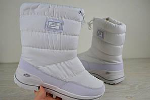 Женские зимние дутики  Nike белые 2491