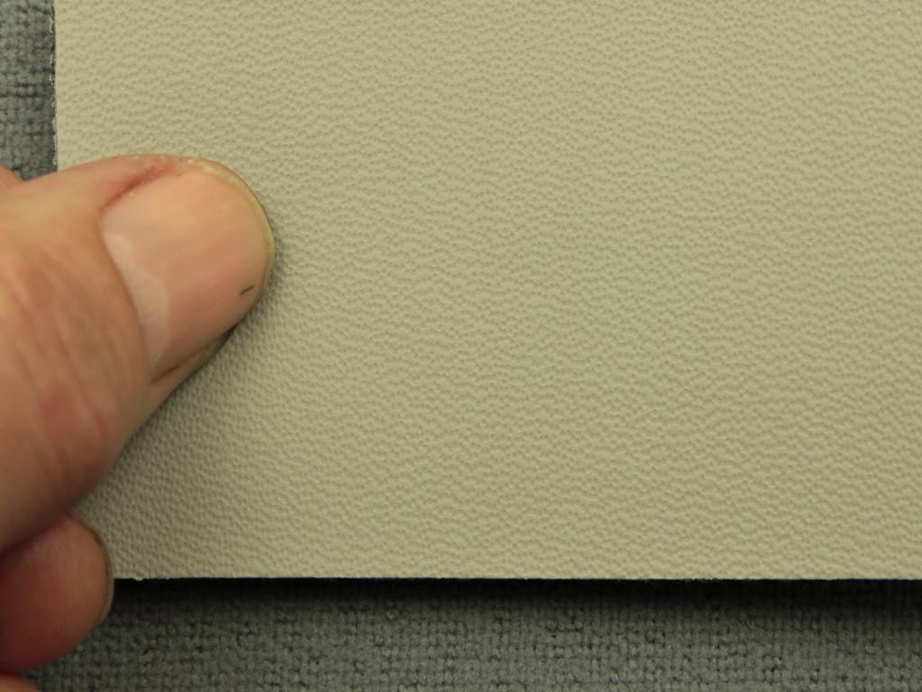 Авто кожзам светло-серый, на поролоне (Германия)