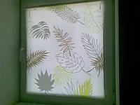 Тканевые ролеты открытого типа для установки на сворку окна Белый