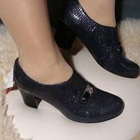 Женские кожаные туфли на каблуке 37р (новые, натуральная кожа)