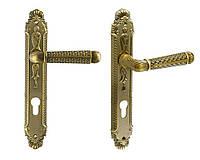Дверная ручка на планке Trion Corona MAB