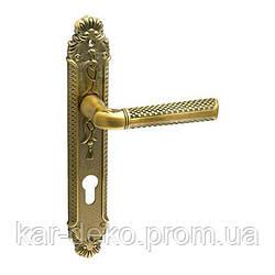 Дверная ручка на планке Trion