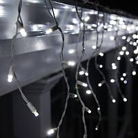 Гирлянда Бахрома 2х0.55 на белом каучуковом проводе холодный белый цвет, переходник ЛЕД LED