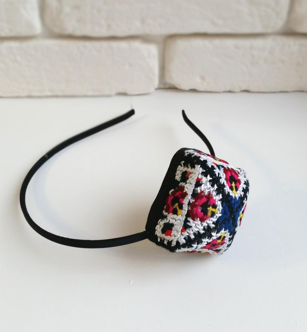 Обруч с мини-тюбетейкой для волос. Узбекистан