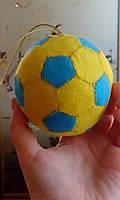 """Подвеска-сувенир в габаритные авто """"Футбольный мяч"""",диаметр 8,5-9 см"""