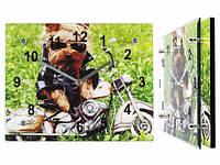 Прикольные настенные часы Собака байкер