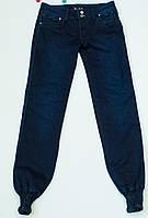 Очаровательные джинсы  для девочки на рост 158-164 см