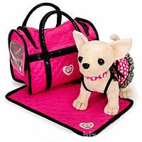 Собачка Кикки 621 в малиновой сумочке.
