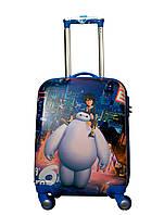 Детский пластиковый чемодан с мультяшным  героем на 4-х колесах