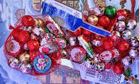 Шоколадные конфеты в сеточке новогодние для детей Baron 1,8 кг 12 шт по 150 грамм в коробе