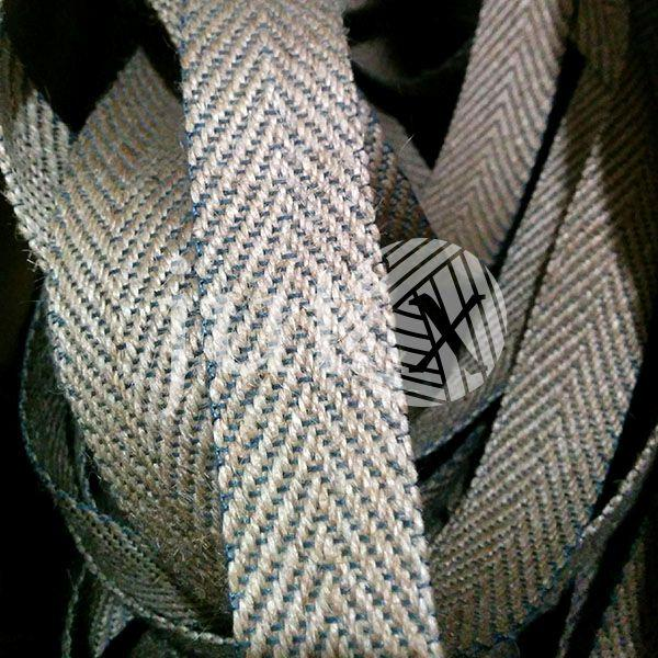 Декоративная лента (джутовая), 30 мм, V-узор.