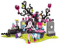Конструктор Мега Блокс Монстр Хай Вечеринка Дракулауры в честь Дня Рождения. Mega Bloks Monster High