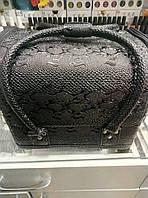 Чемодан, маникюрная сумка для мастера, кож.зам, змея, черный цвет