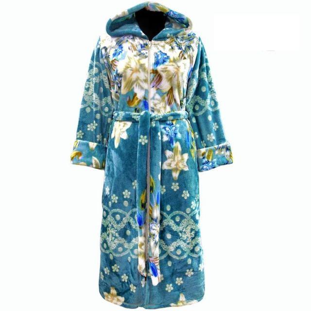 Женский теплый махровый зимний халат в цветах с капюшоном и молнией