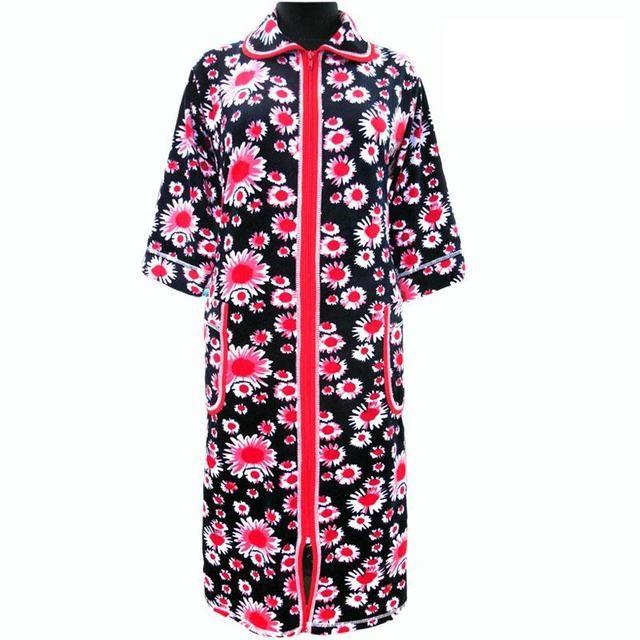 Красивый халат в ромашках домашний зимний велюровый на молнии с карманом и рукавом три четверти