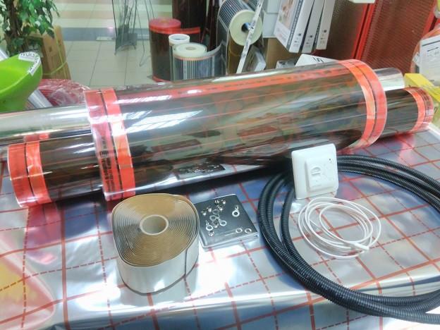 Саморегульований тепла підлога + регулятор з датчиком