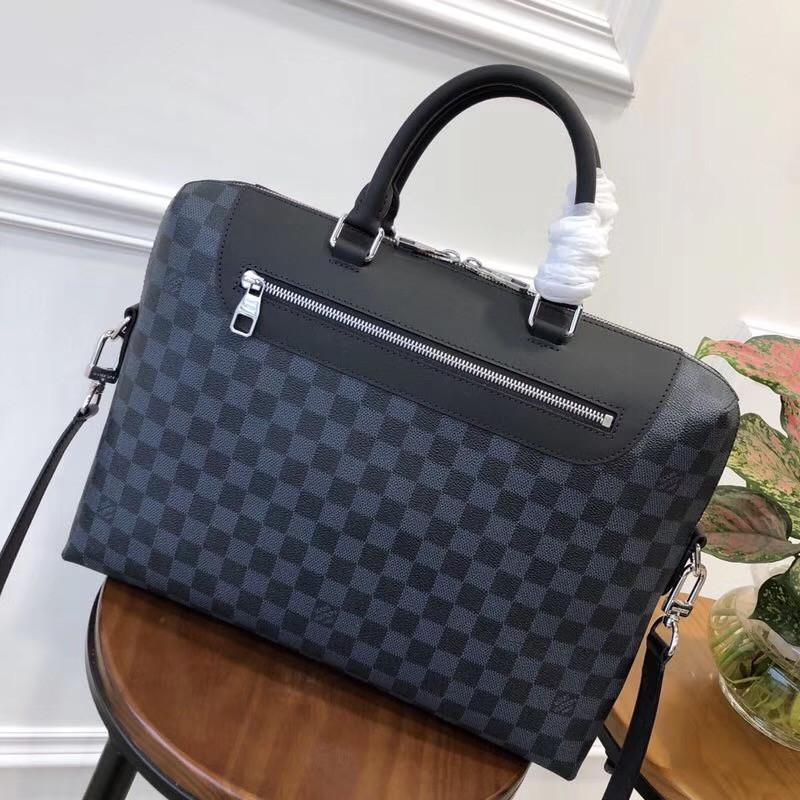 Мужская кожаная сумка - портфель купить Louis Vuitton Киев   vkstore ... ff151a9b10b