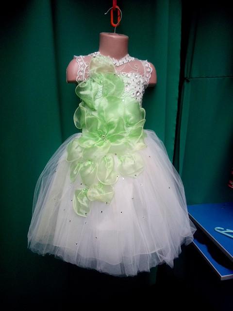 Модное бальное платье для девочки