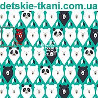 """Ткань хлопковая """"Мишки-треугольники"""" на зелёном фоне № 1062а"""