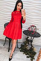 Красивое красное кружевное платье жаккард
