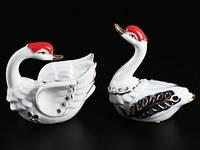 Статуэтка  Лебеди из фарфора